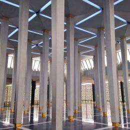 More pillars!