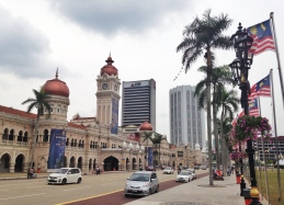 Sultan Abdul Samad Building, right in front of Merdeka Square. LOVE THIS VIEW! <3<3<3
